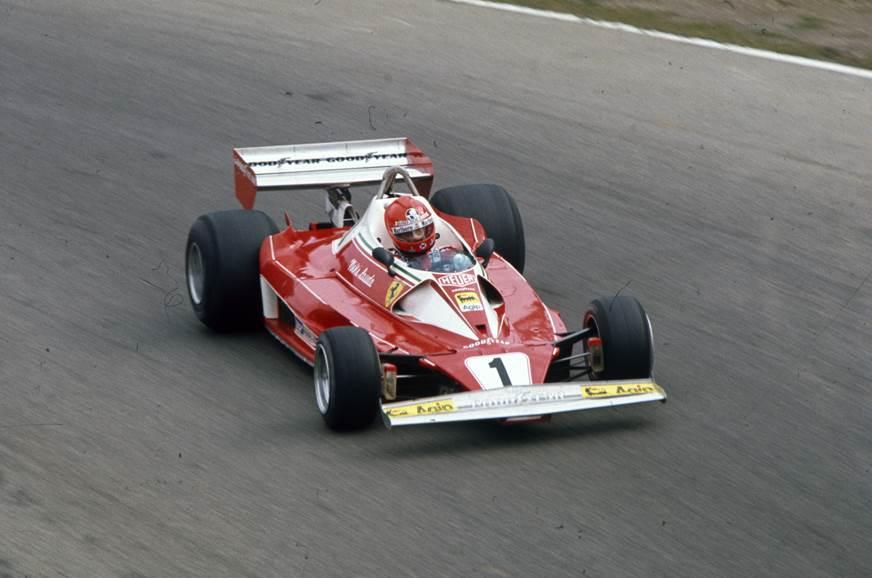 Niki Lauda al volante della Ferrari